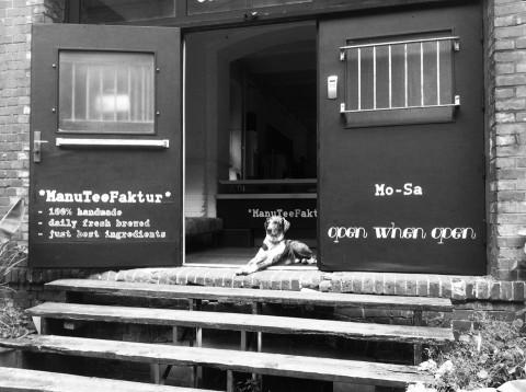 ManuTeeFaktur-Shop022-sw-s-480x358